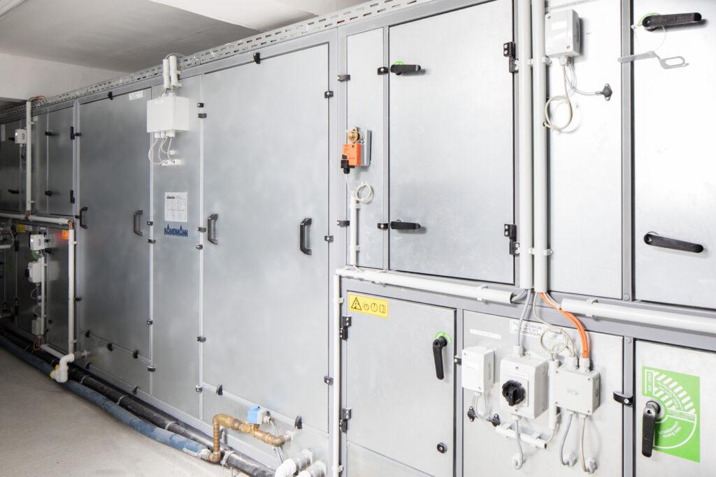 RLT-Gerät mit Gegenstromwärmeübertrager (Abb. © Kampmann)